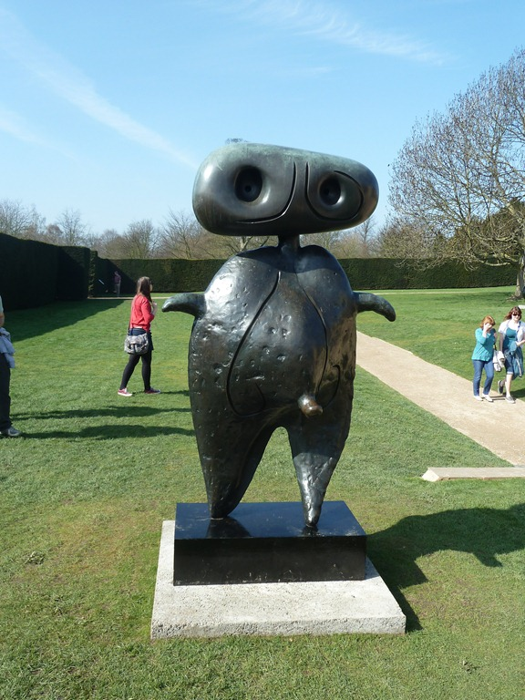 Welcome to a world of Aliens–Joan Miró at the YSP | Down by the Dougie