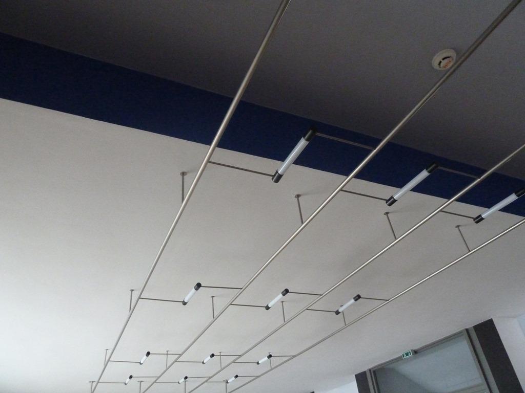 100 bauhaus interior landmark renovation bauhaus - Bauhaus iluminacion interior ...