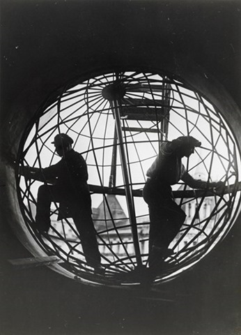 Assembling the Globe at Moscow Telegraph Central Station